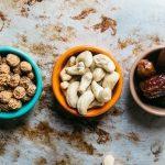 choosing healthy snacks